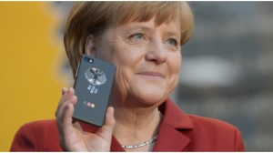 Merkel mit Blackberry 10 Cebit 2013 16 zu 9